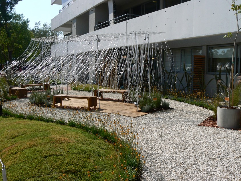 Gu as en estilo pilar 2012 garden club argentino for Jardines de bajo mantenimiento