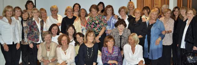 Momento de púbico agradecimiento Grupo El Caldén